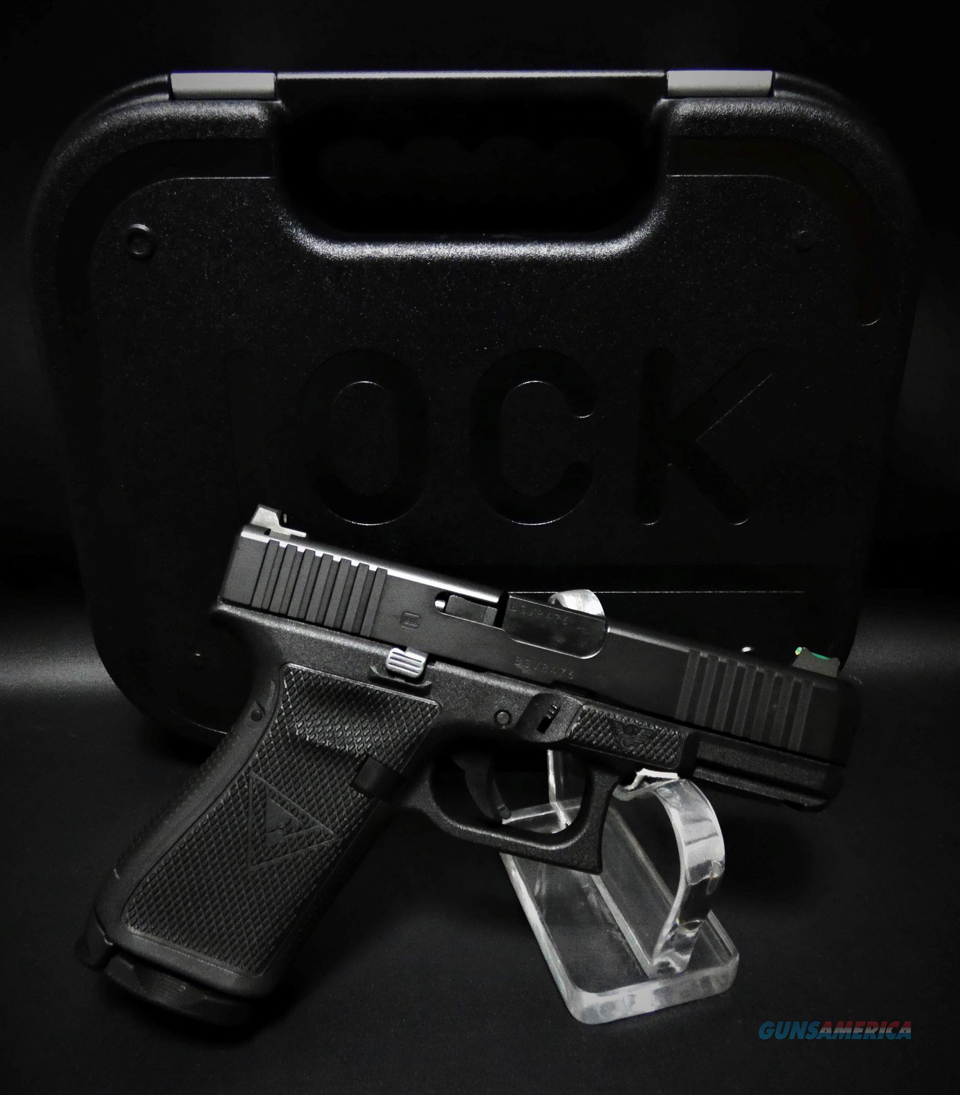 "Glock Wilson Combat Custom 19 Gen 5 9x19 Black 4"" BBL  Guns > Pistols > Custom Pistols > Other"