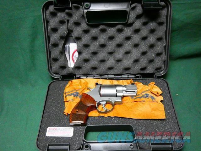 Smith & Wesson 629-2  Guns > Pistols > Smith & Wesson Revolvers > Med. Frame ( K/L )