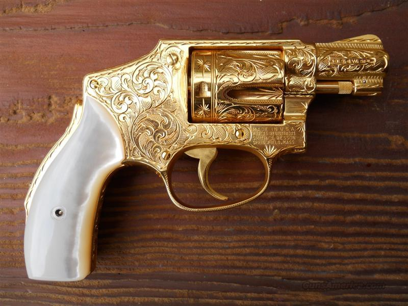 GOLD PLATED, FULLY ENGRAVED S&W MODEL 40 WITH PEARL GRIPS  Guns > Pistols > Smith & Wesson Revolvers > Pocket Pistols