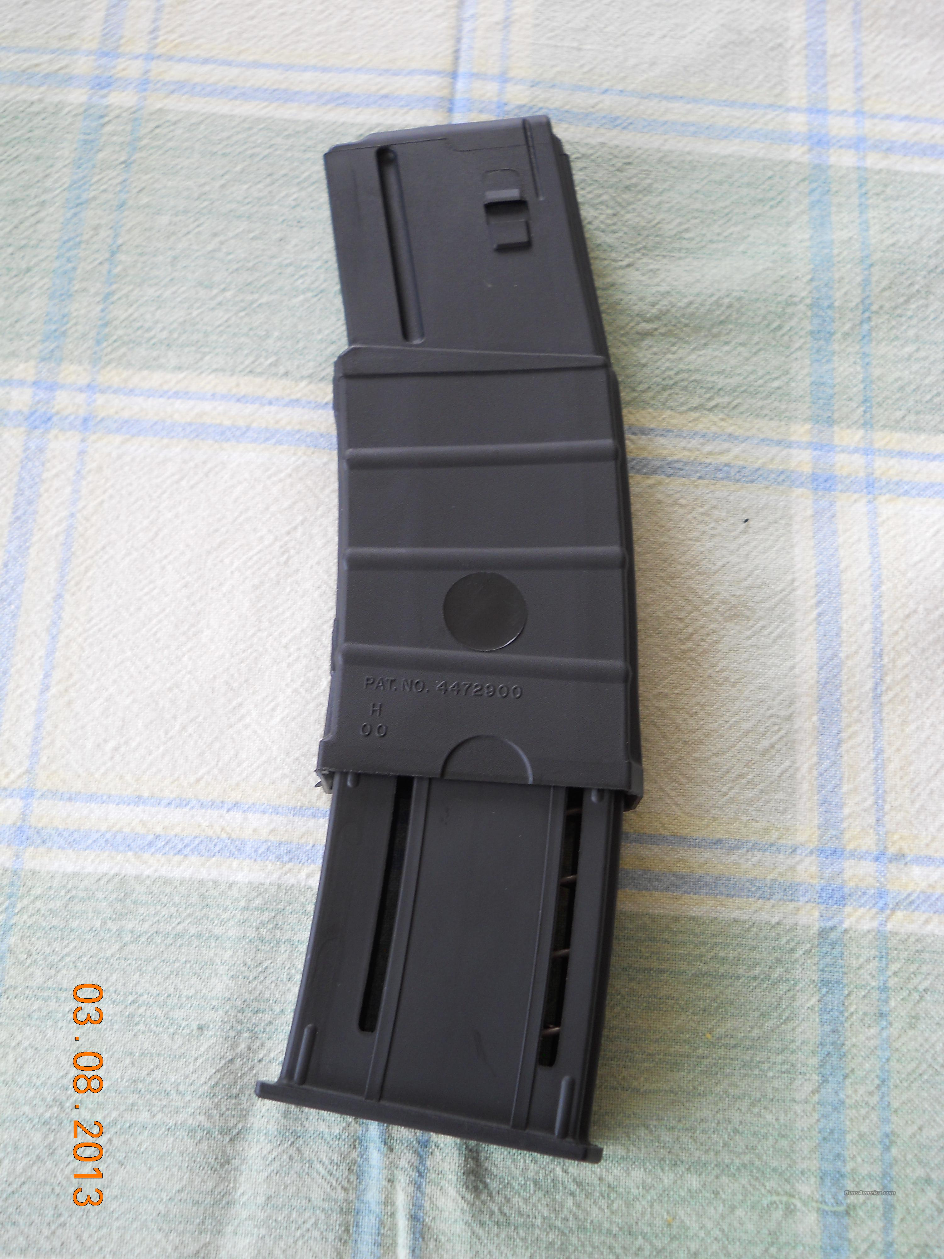 LOOK!! NEW AR-15 30 TO 40 ROUND EXPANDABLE (CLIP) MAGAZINE!! $25.00 EA.  Non-Guns > Magazines & Clips > Rifle Magazines > AR-15 Type