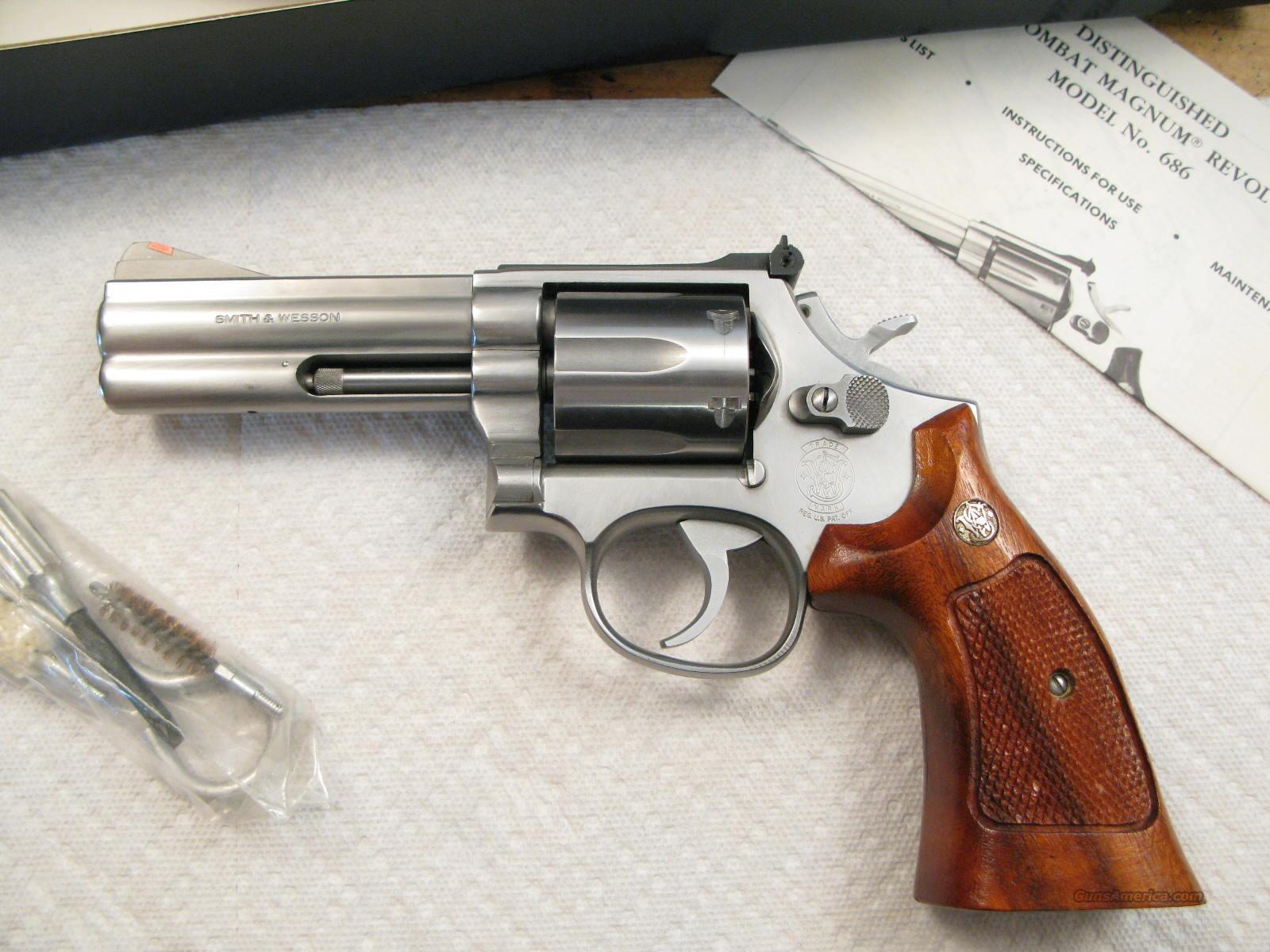 Dating smith and wesson frame revolvers. haine si incaltaminte de firma online dating.