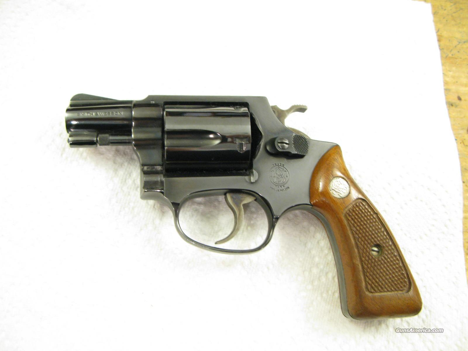 "M-36 Chief's Special .38 Special 2"" Snubbie Earlier Model   Guns > Pistols > Smith & Wesson Revolvers > Full Frame Revolver"