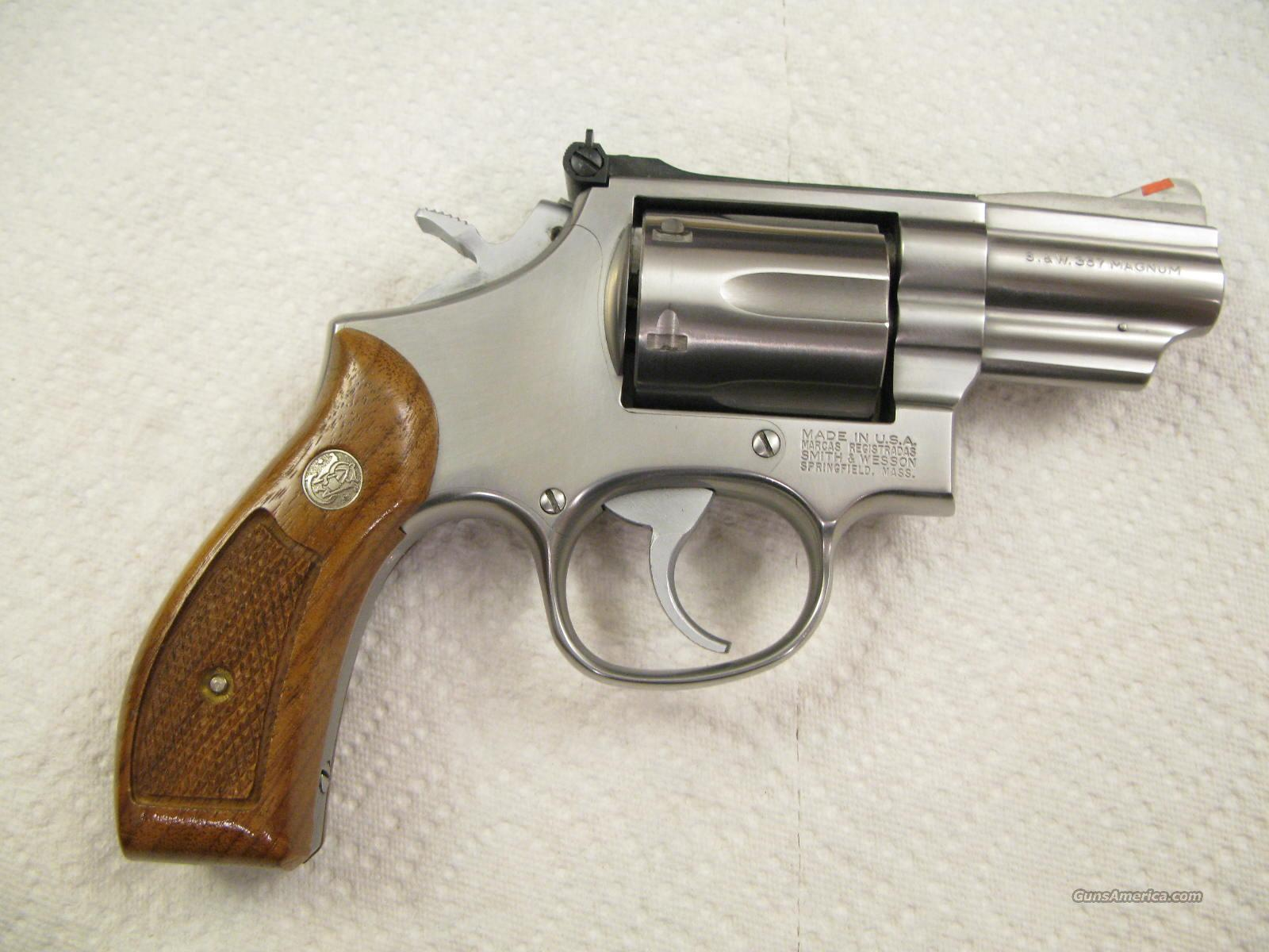 "M-66 2 1/2"" .357 Magnum Stainless Snubbie Minty Older Model Red Ramp White Outline   Guns > Pistols > Smith & Wesson Revolvers > Full Frame Revolver"