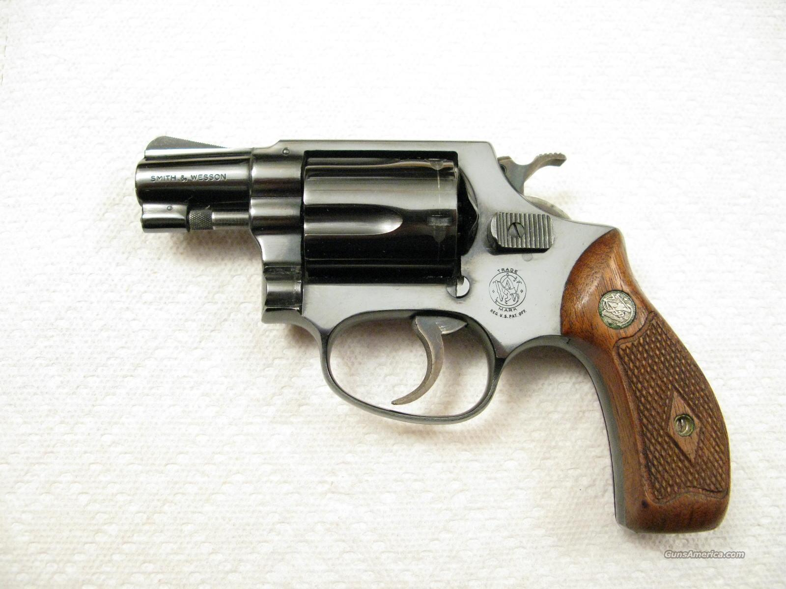 M-36 .38 Special Chief's Special Early Flat Latch Diamond Grips   Guns > Pistols > Smith & Wesson Revolvers > Full Frame Revolver