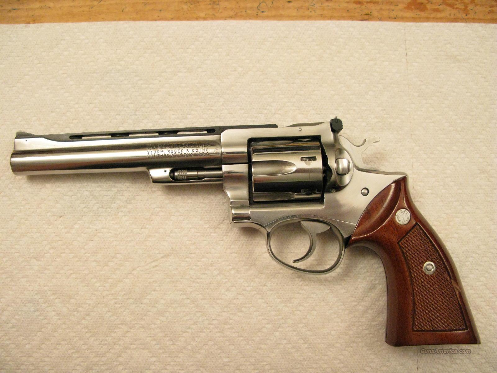 "Security-Six 6"" .357 Magnum Vent Rib Barrel and Walnut Grips  Guns > Pistols > Ruger Double Action Revolver > Security Six Type"