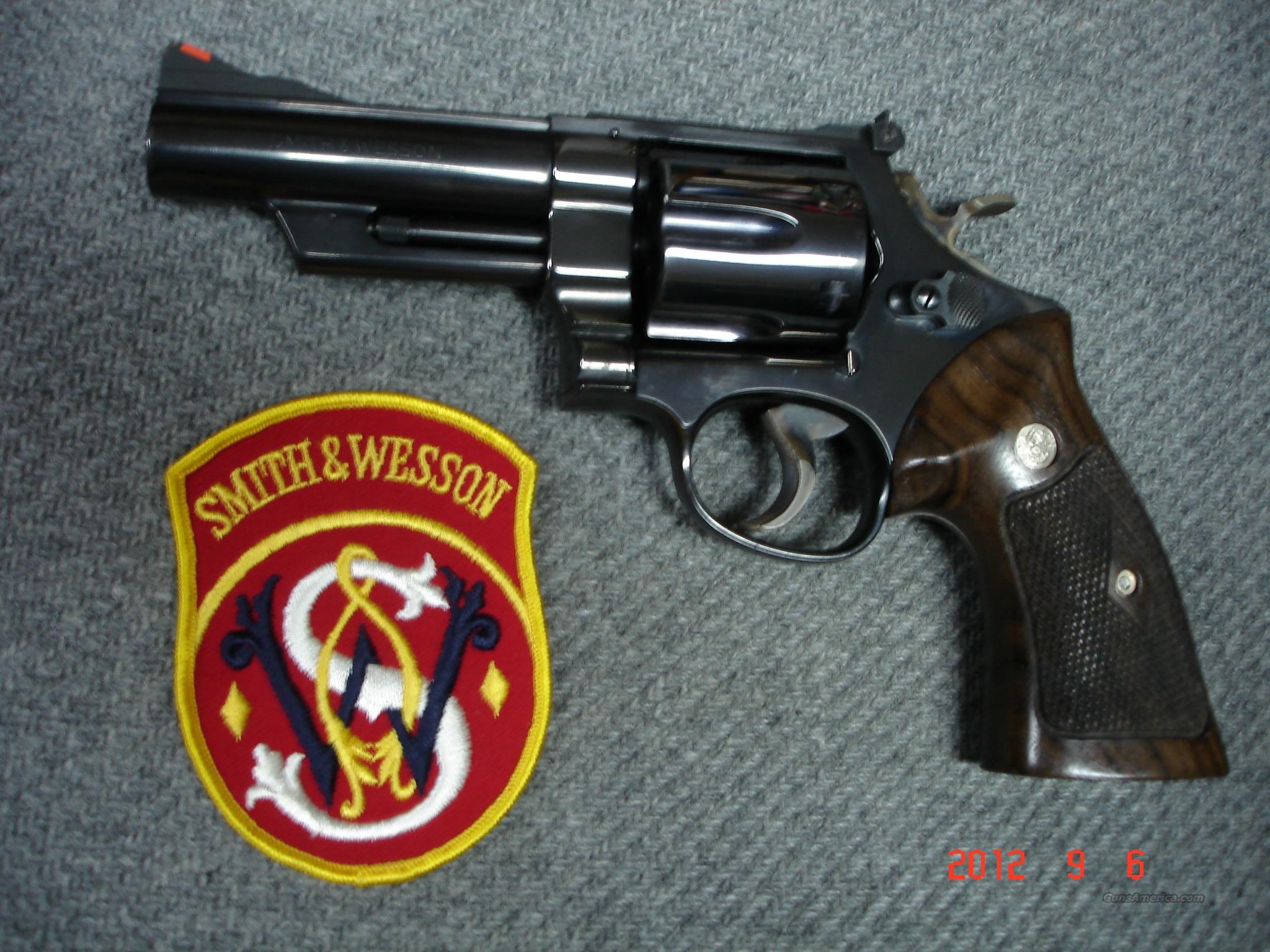 "S&W Mod.29-2 4"" .44Mag. MINT Blue  Guns > Pistols > Smith & Wesson Revolvers > Full Frame Revolver"