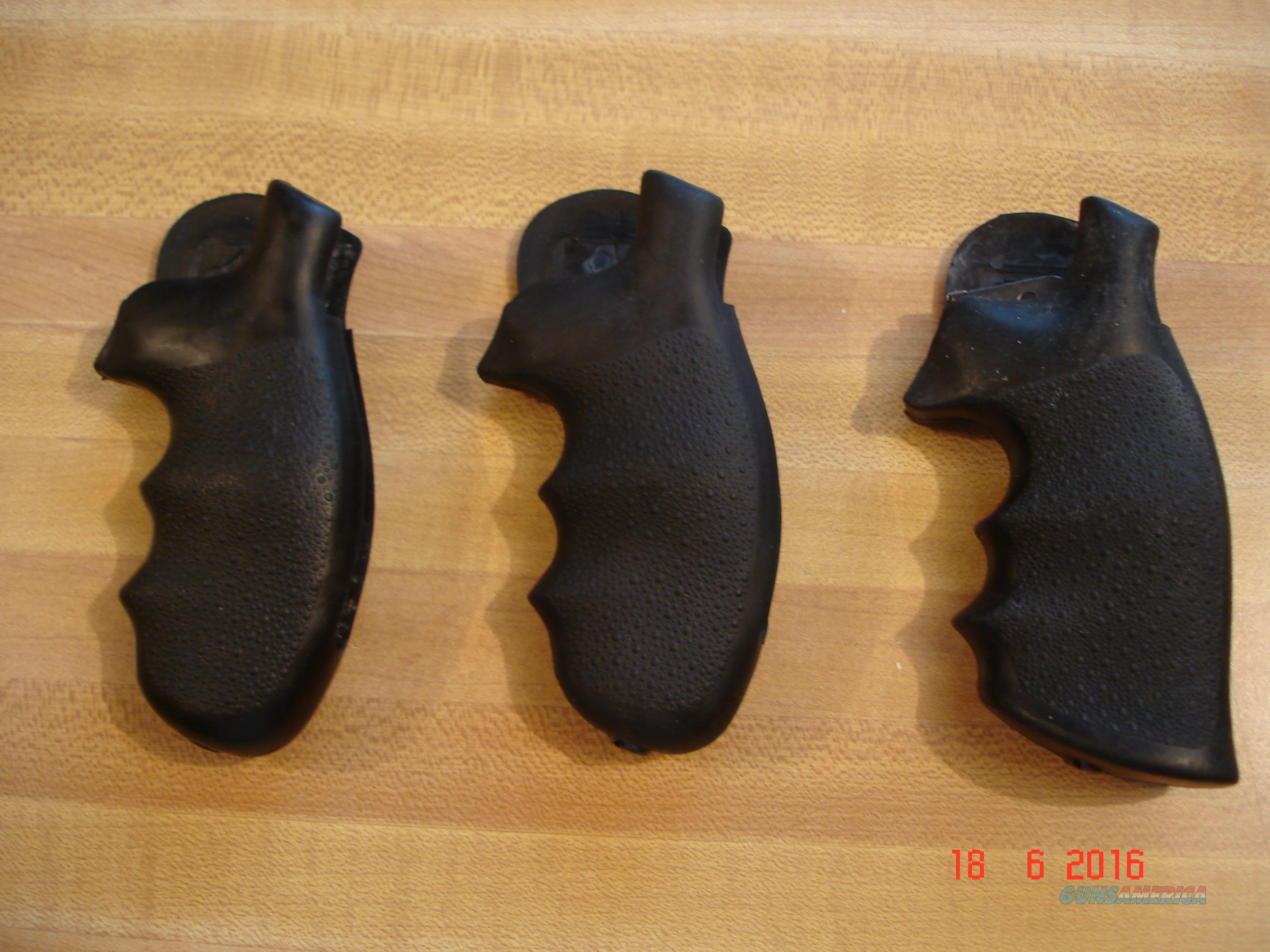 Hogue Rubber Grips for S&W K Frame Round Butt 3 pair  Non-Guns > Gunstocks, Grips & Wood