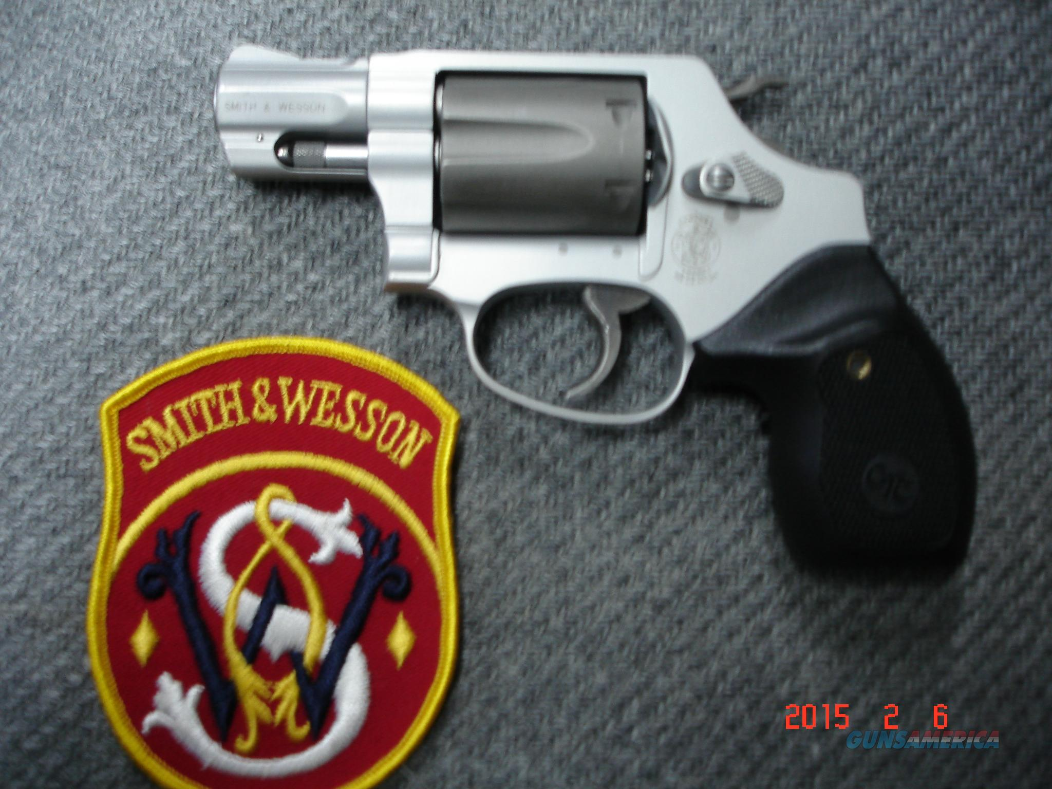 S&W Mod. 331 AirLite TI .32H&R Mag.Crimson trace Stocks  Guns > Pistols > Smith & Wesson Revolvers > Full Frame Revolver