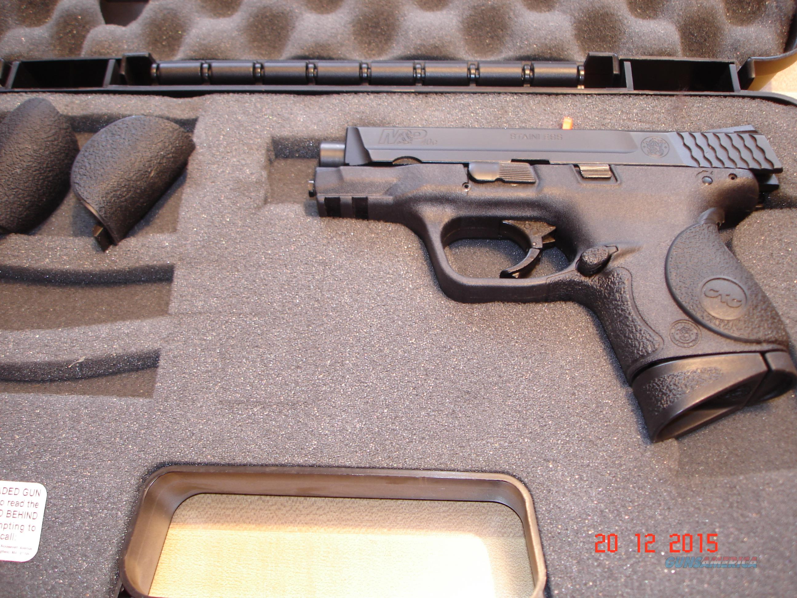 "S&W Model M&P Compact .40Cal. Crimson trace  31/2""BBl MIB  Guns > Pistols > Smith & Wesson Pistols - Autos > Polymer Frame"