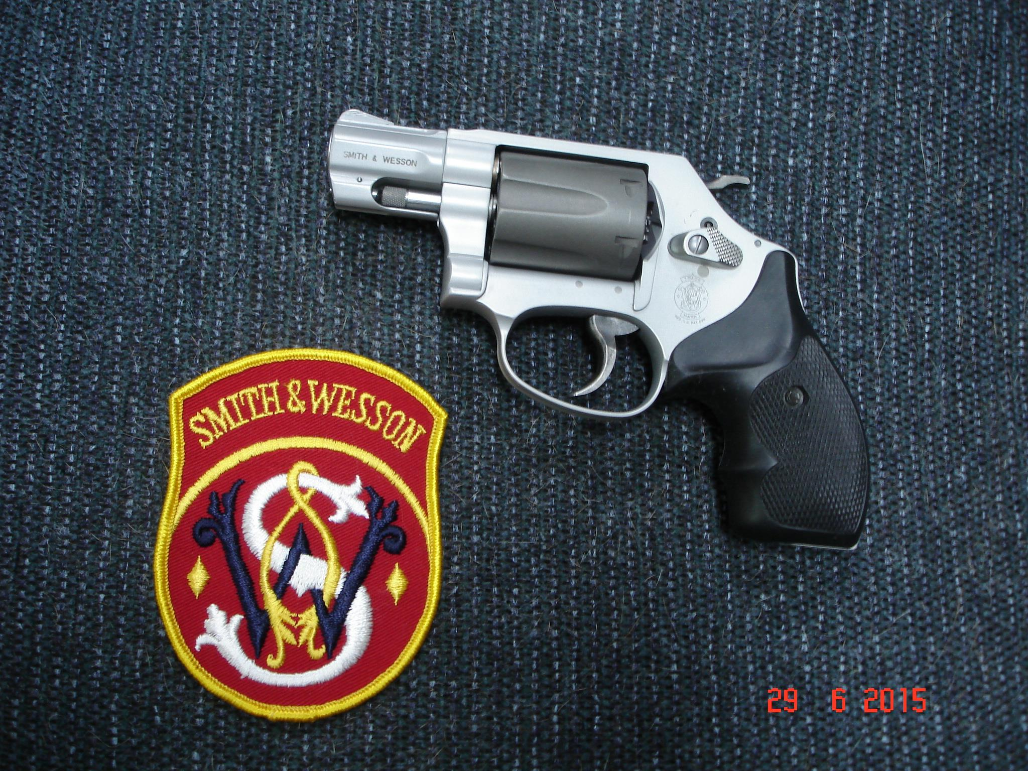 S&W Mod 331-2 Chiefs Spec. AirLight Ti .32H&R MAG. Mint  Guns > Pistols > Smith & Wesson Revolvers > Full Frame Revolver