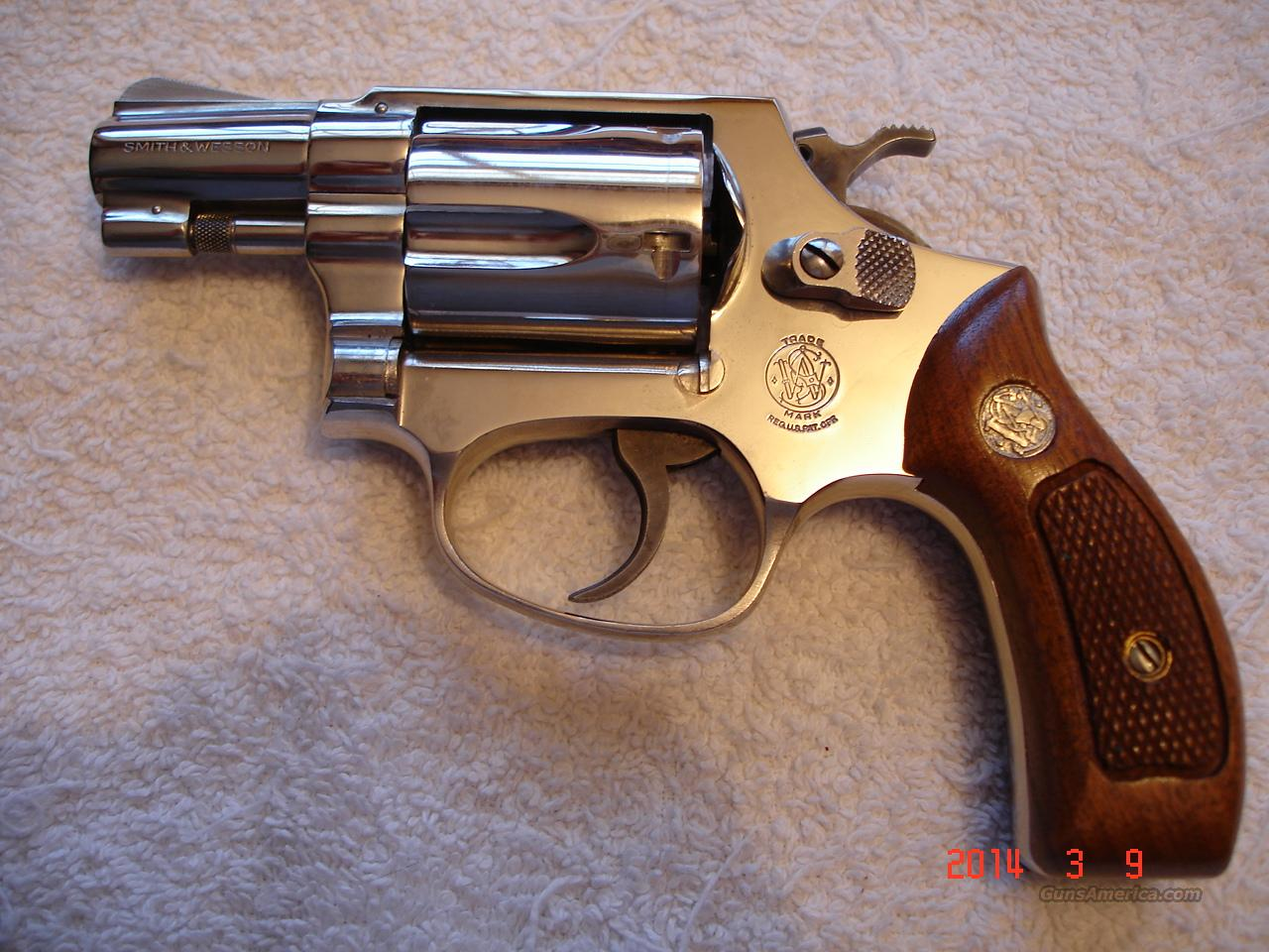"S&W Mod.36 Bright Nickel .38Spec Mint 2""  Guns > Pistols > Smith & Wesson Revolvers > Full Frame Revolver"
