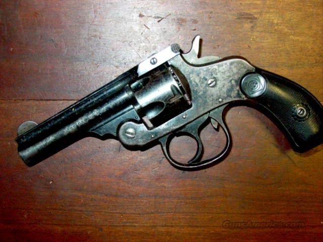 H&R .32 CAL REVOLVER  Guns > Pistols > Harrington & Richardson Pistols