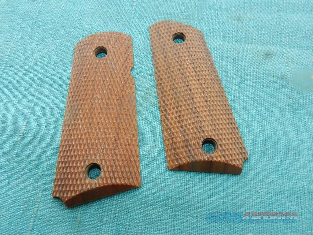 DETONICS .45 CHECKERED WOOD GRIPS  Non-Guns > Gunstocks, Grips & Wood