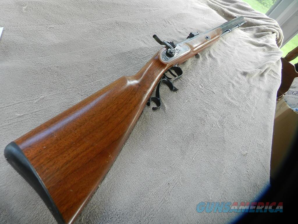 THOMPSON CENTER RENEGADE WALNUT STOCK .50 CAL.  Guns > Rifles > Thompson Center Muzzleloaders > Inline Style