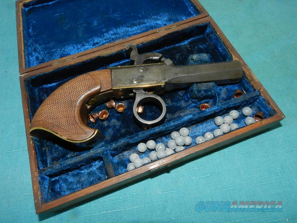 VINTAGE UNDERHAMMER .32 CAL. PERCUSSIN DERRINGER  Guns > Pistols > Antique (Pre-1899) Pistols - Perc. Misc.