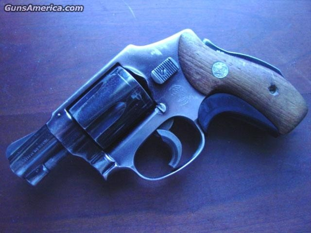 S&W 40 airwieght grip safety  Guns > Pistols > Smith & Wesson Revolvers