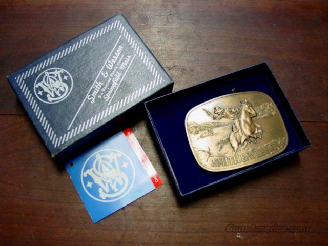 S&W VINTAGE BOXED BELT BUCKLE  Non-Guns > Logo & Clothing Merchandise