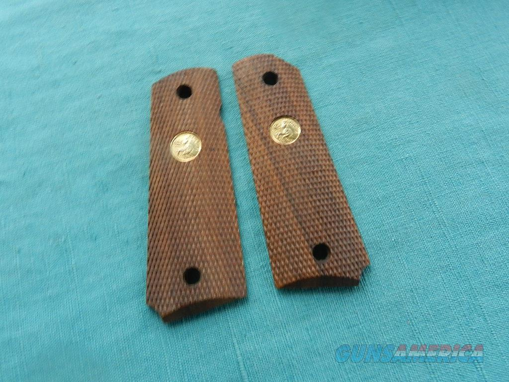 COLT WALNUT 1911 GRIPS WITH MEDALLIONS  Non-Guns > Gunsmith Tools/Supplies