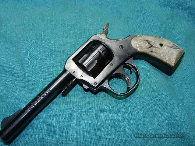 "H&R 922 4"" REVOLVER .22LR.  Guns > Pistols > Harrington & Richardson Pistols"