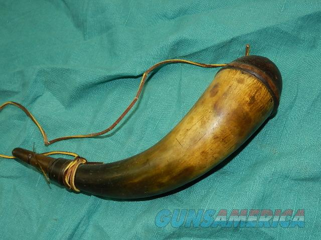 VERY EARLY FLINTLOCK POWDER HORN  Non-Guns > Black Powder Muzzleloading