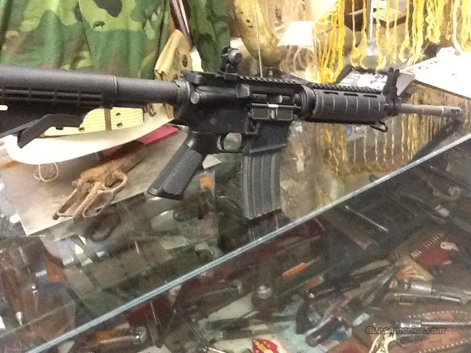 BUSHMASTER XM-15  M4 STYLE RAIL SYSTEM  Guns > Rifles > Bushmaster Rifles > Complete Rifles
