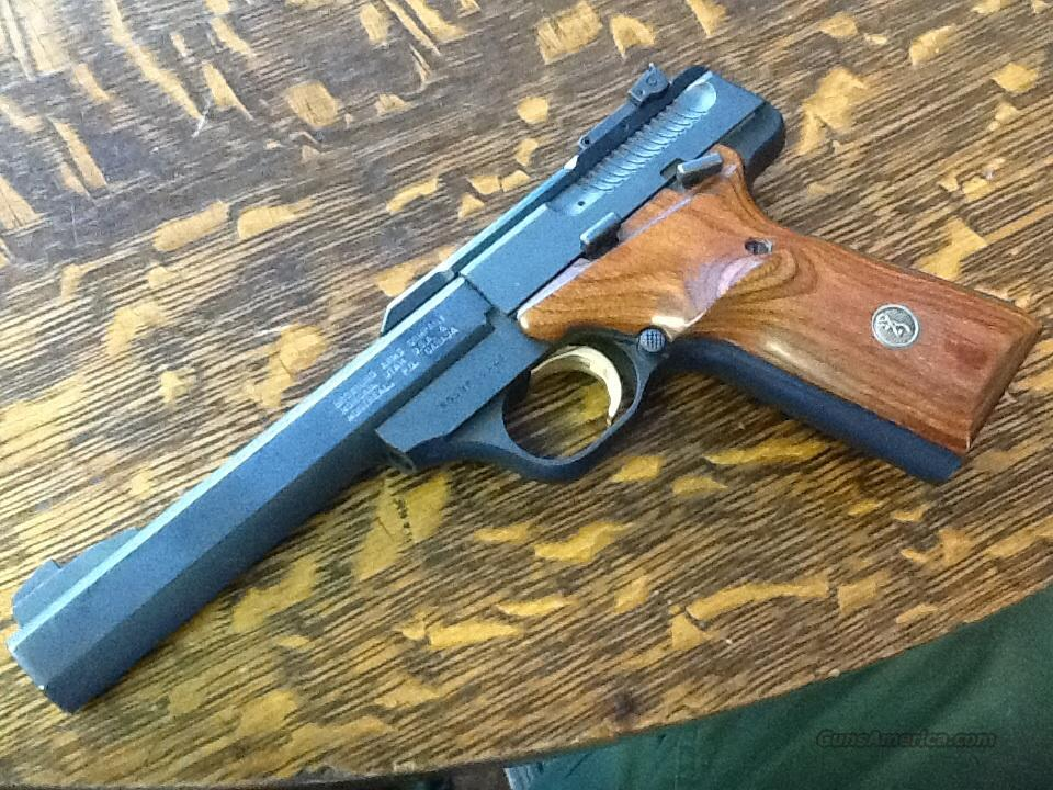MINT BROWNING BUCK MARK   Guns > Pistols > Browning Pistols > Buckmark