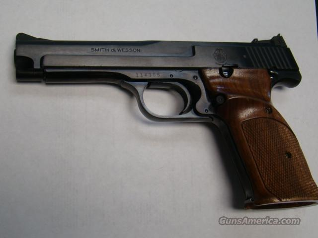 MINT SMITH & WESSON MODEL 41 TARGET  22LR CAL  ALL ORIGL. MINT  Guns > Pistols > Smith & Wesson Pistols - Autos > Steel Frame