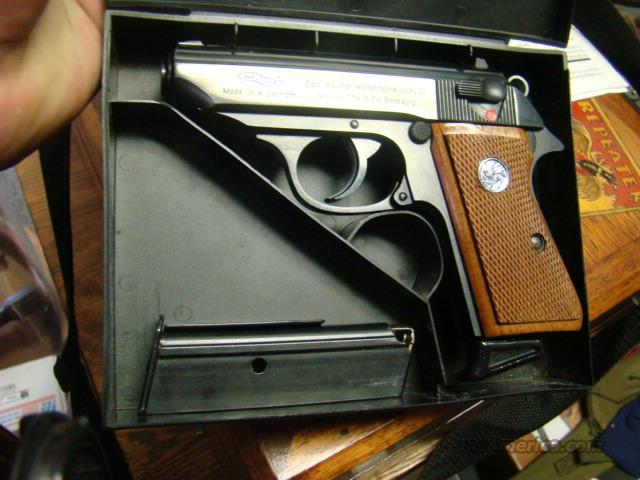 MINT UNFIRE WALTHER PPKS 380 CAL EARLY MODEL IN BLACK BOX MINT  Guns > Pistols > Walther Pistols > Post WWII > PPK Series