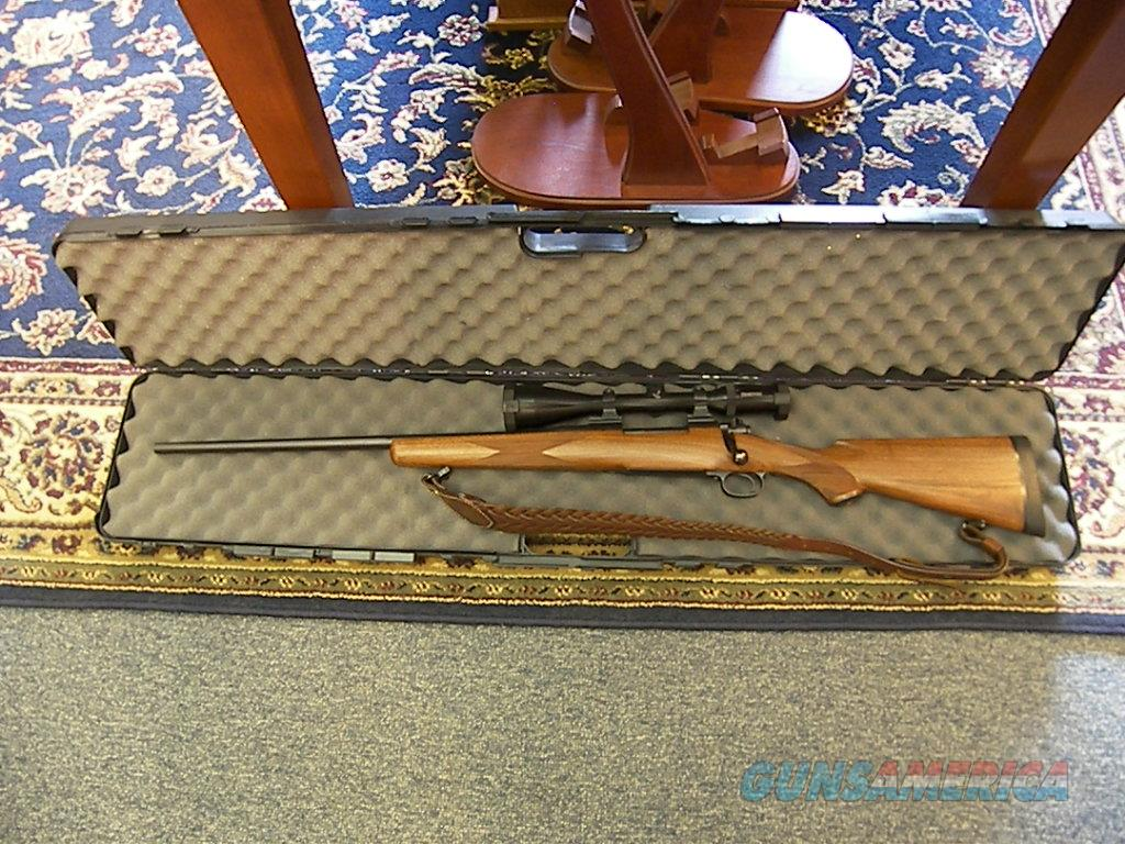 Dakota 76 Classic 300 Dakota caliber Left Handed rifle  Guns > Rifles > Dakota Arms Rifles