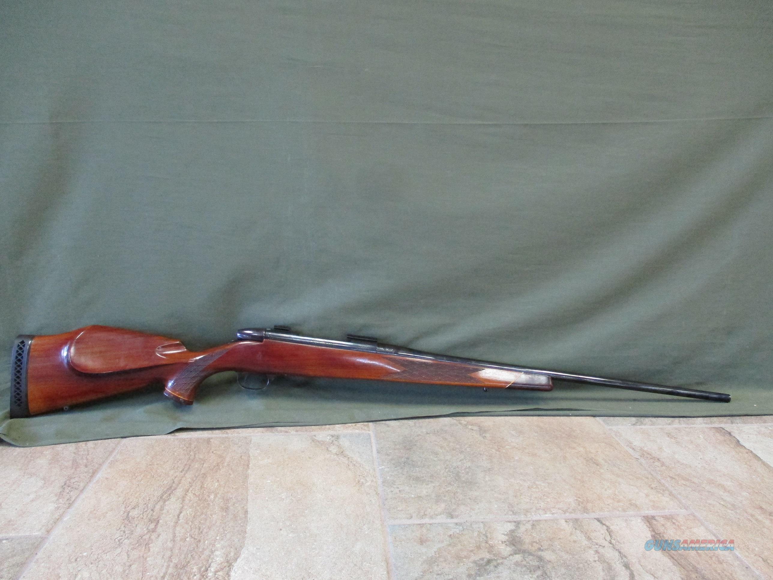 Weatherby Mark V Deluxe, 300Wby, Left Handed, German Mfg  Guns > Rifles > Weatherby Rifles > Sporting