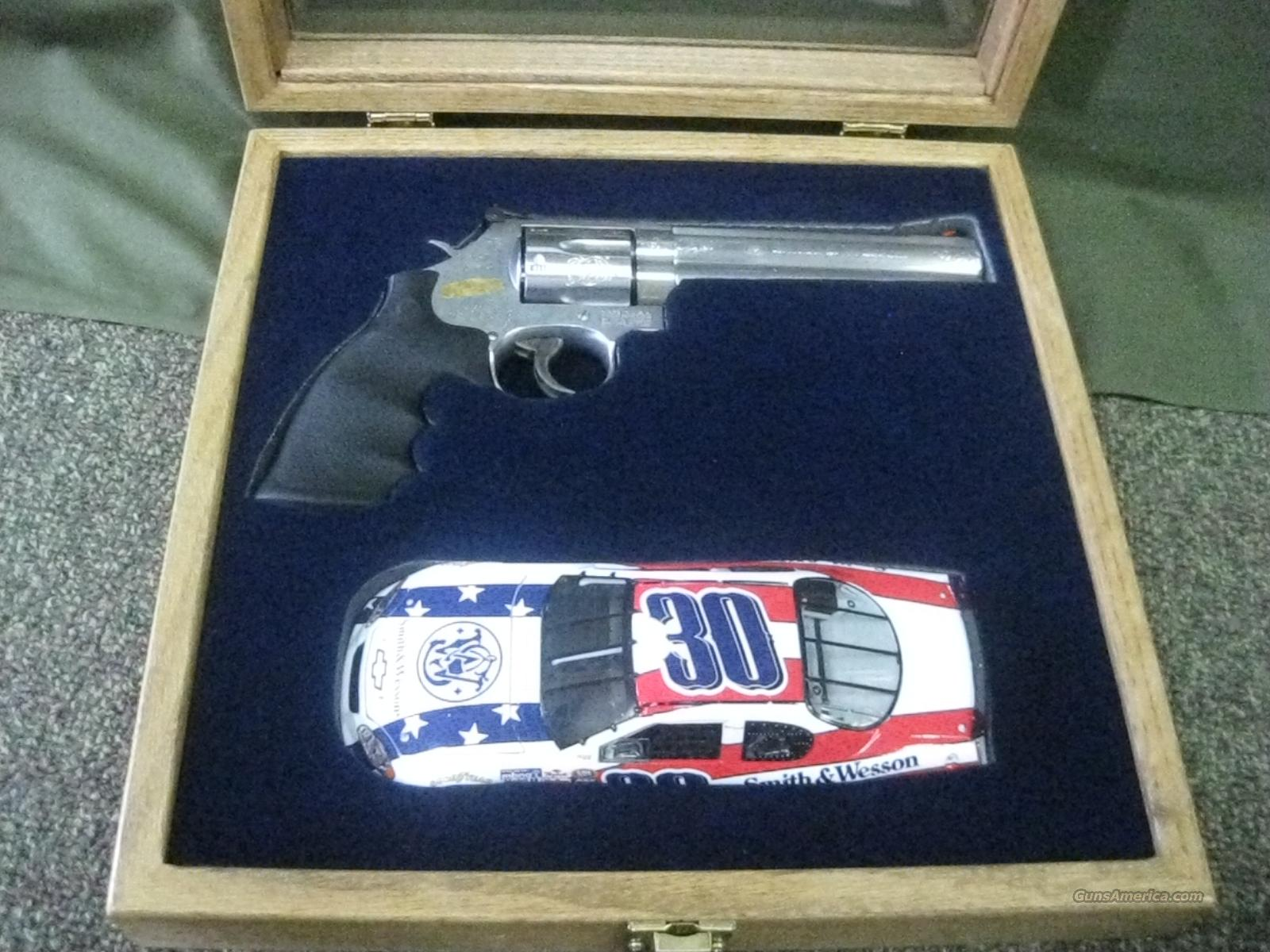 "S&W M-19 ""Nascar Special Edition"" .357 NIC  Guns > Pistols > Smith & Wesson Revolvers > Full Frame Revolver"
