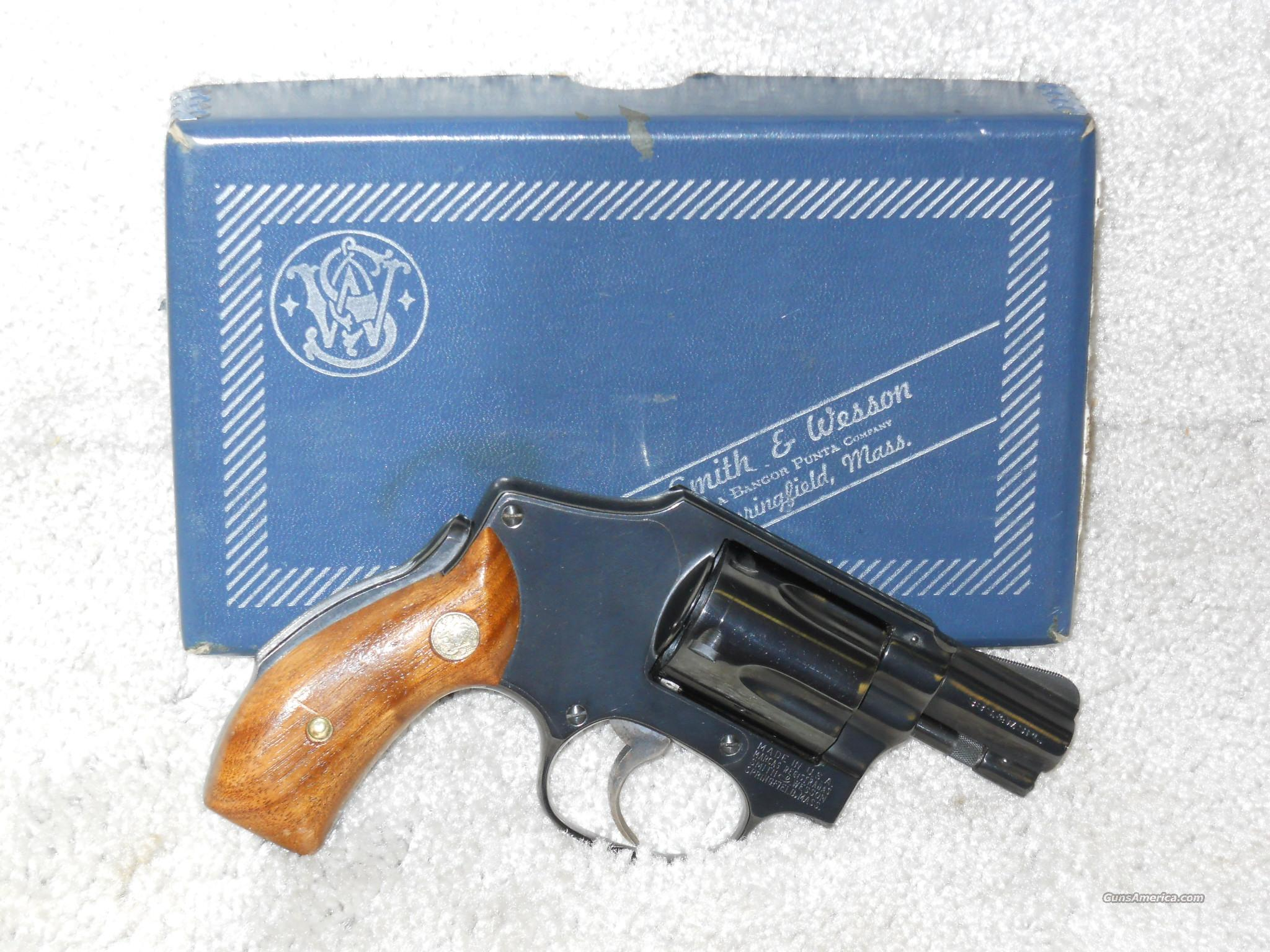 Smith & Wesson, Model 40, Cal.38 spl.  Guns > Pistols > Smith & Wesson Revolvers > Pocket Pistols