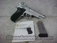 Smith & Wesson, Model 1006, Cal. 10mm  Guns > Pistols > Smith & Wesson Pistols - Autos > Steel Frame