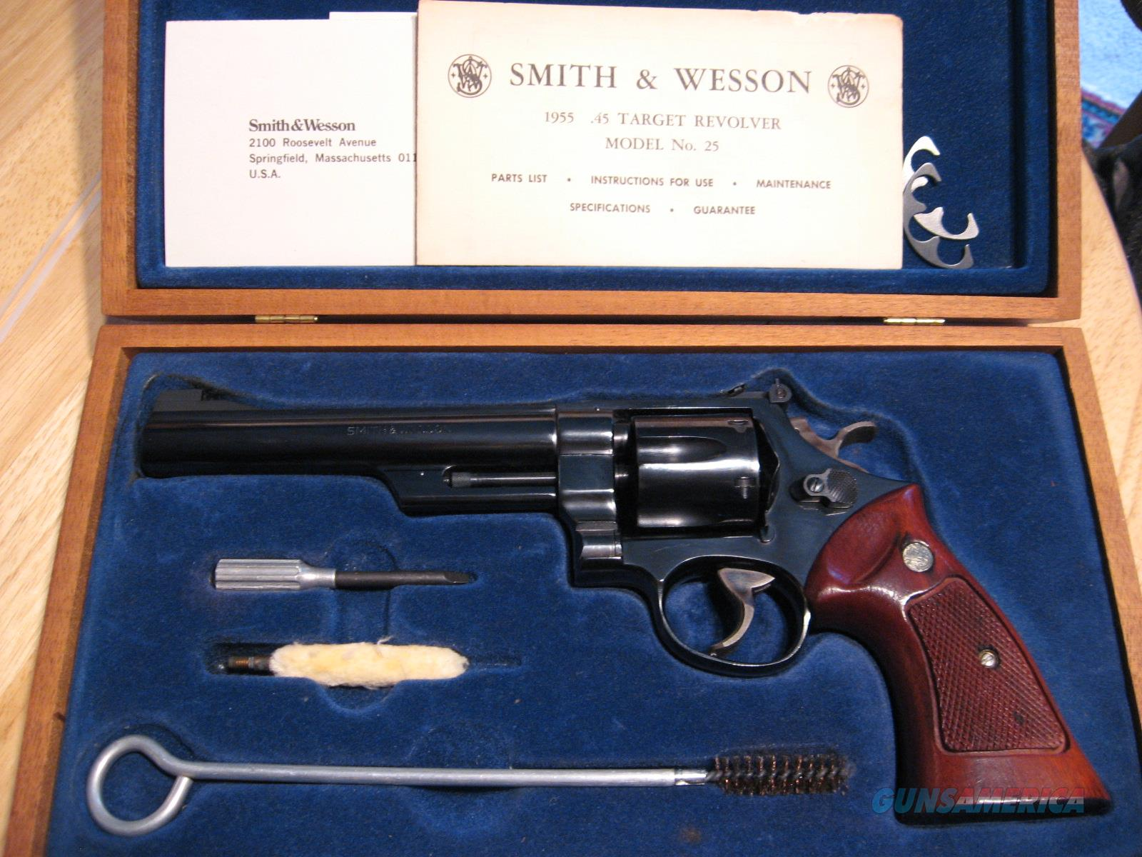 Smith & Wesson 25-2, .45acp Revolver with Display Case  Guns > Pistols > Smith & Wesson Revolvers > Full Frame Revolver