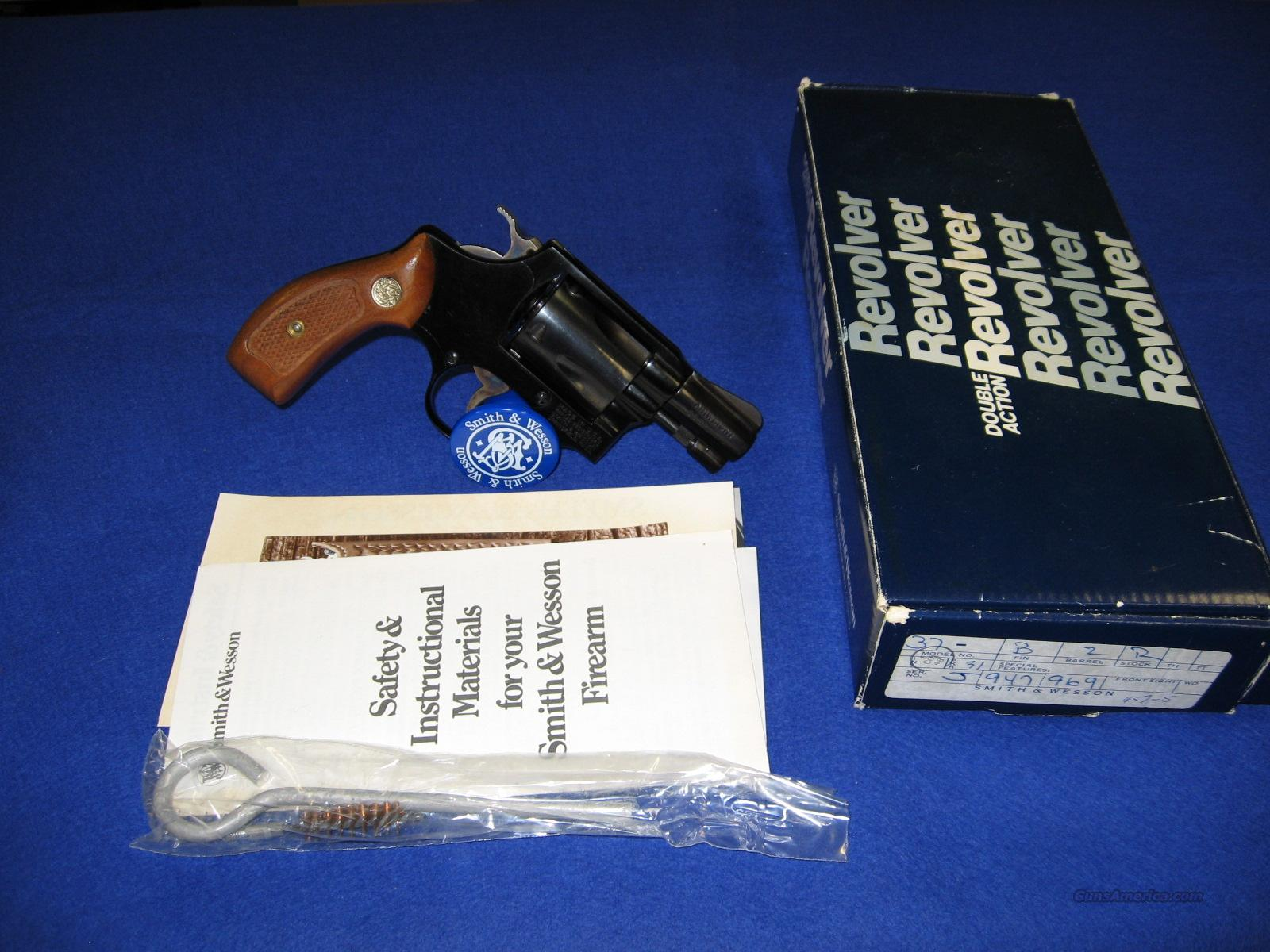 S&W model 37 Airweight, .38 Special  Guns > Pistols > Smith & Wesson Revolvers > Full Frame Revolver