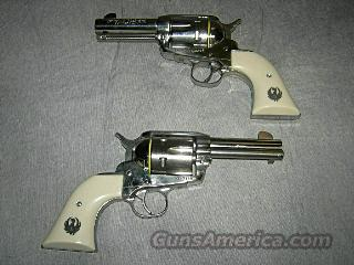 RUGER VAQUERO KBNV-453-SI CONSECUTIVE SERIAL NUMBERS  Guns > Pistols > Ruger Single Action Revolvers > Cowboy Action