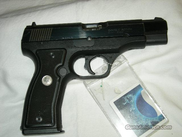 COLT 2000 9MM 15RD BLUE PISTOL *USED*  Guns > Pistols > Colt Automatic Pistols (.25, .32, & .380 cal)