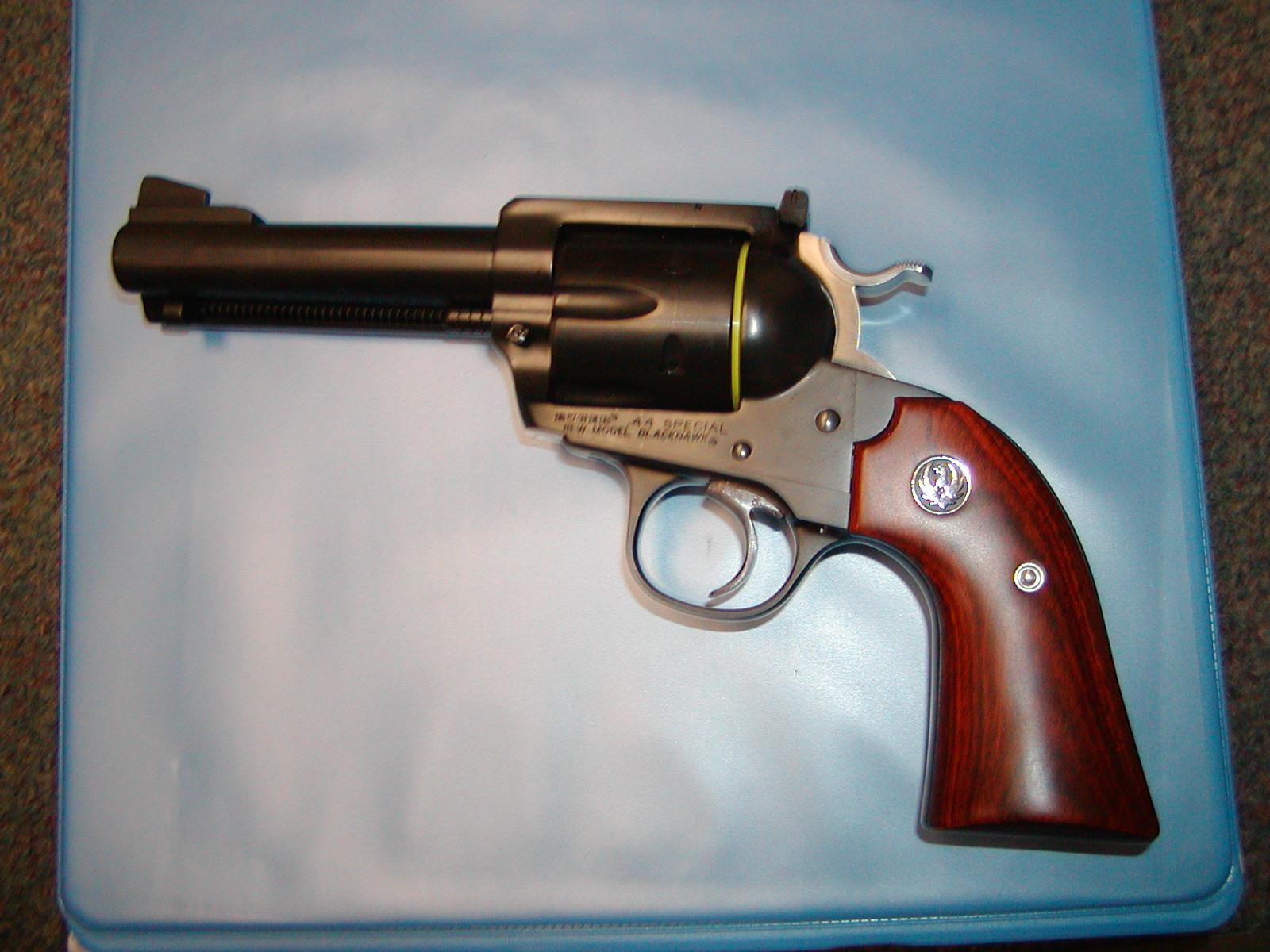 "Ruger Bisley Flattop .44Special 4 5/8""  Guns > Pistols > Ruger Single Action Revolvers > Blackhawk Type"