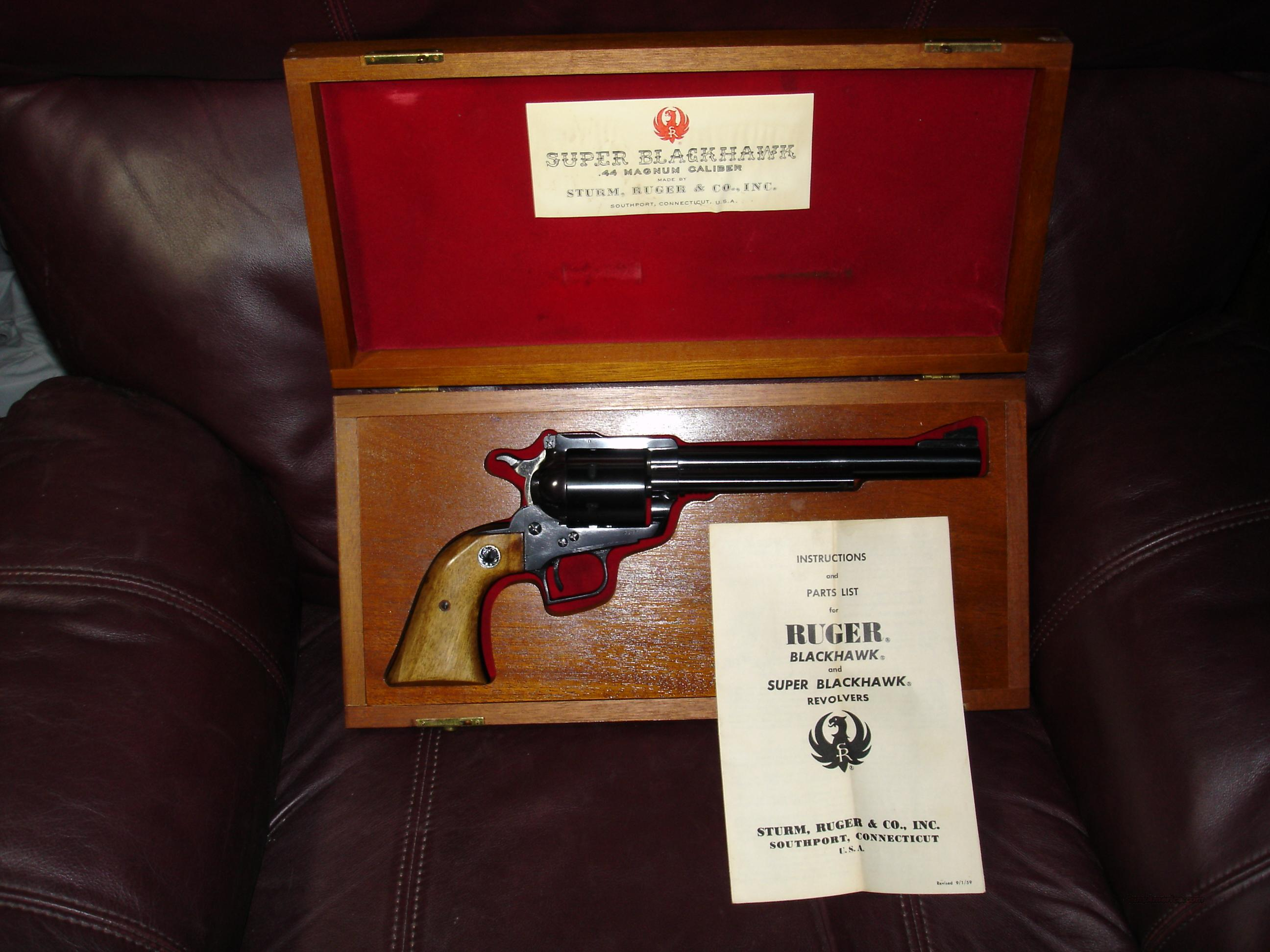 Ruger Very Early Model Super Blackhawk .44M in Mahogany Case (RARE; HIGHLY-COLLECTIBLE)  Guns > Pistols > Ruger Single Action Revolvers > Blackhawk Type