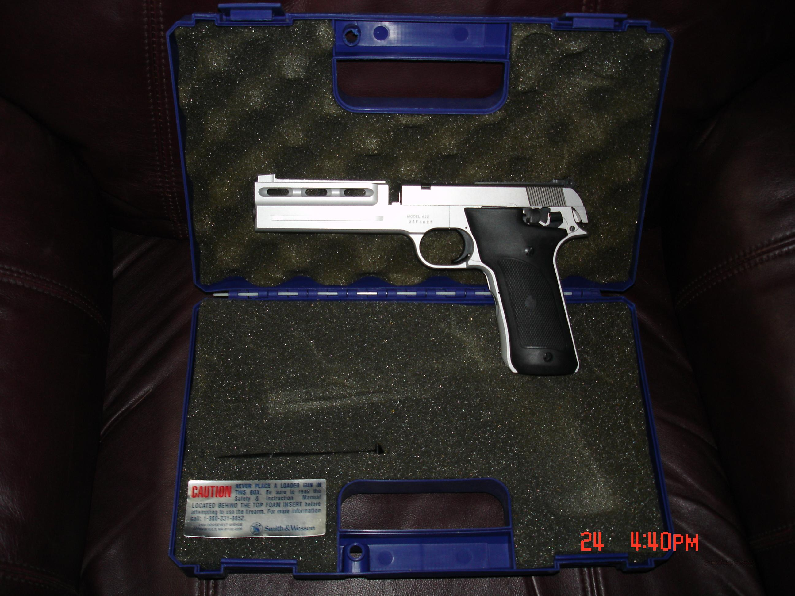 Smith & Wesson Model 622 - Production Discontinued  in 1996  Guns > Pistols > Smith & Wesson Pistols - Autos > .22 Autos