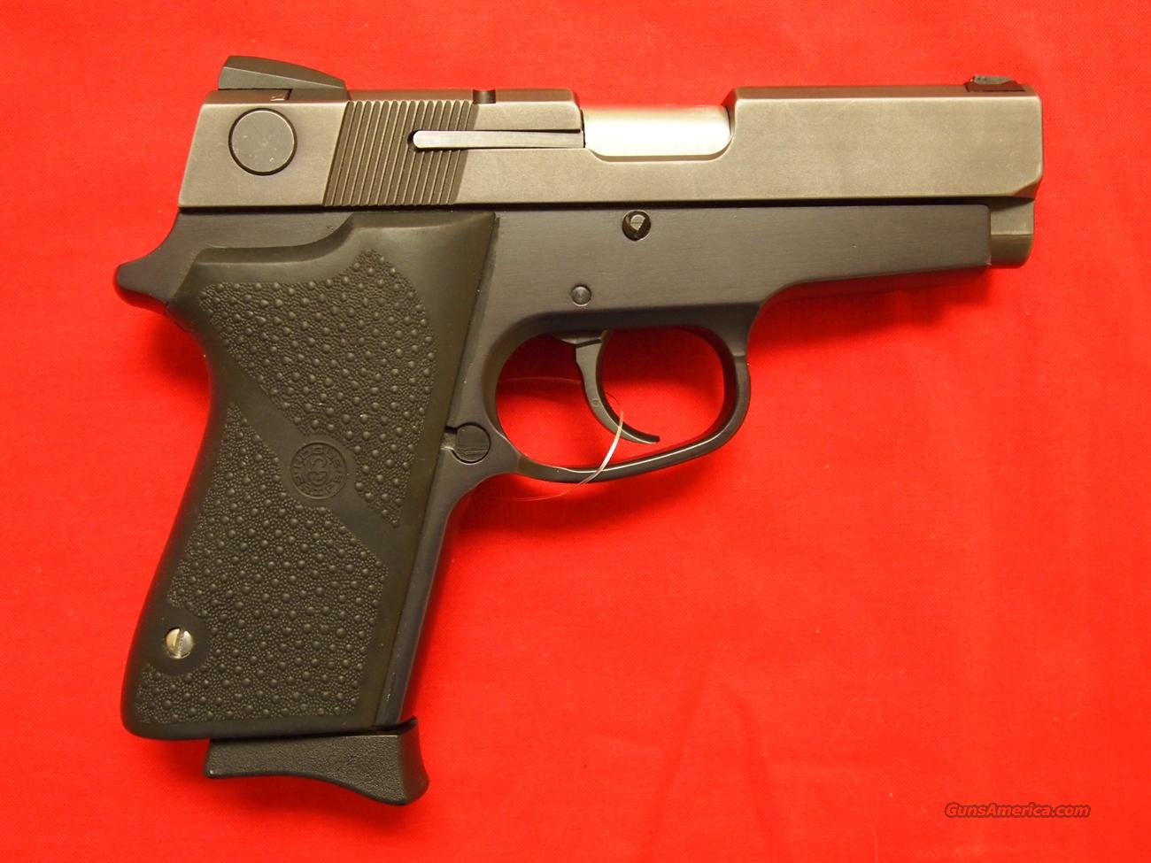 Smith & Wesson 908 9MM  Guns > Pistols > Smith & Wesson Pistols - Autos > Steel Frame