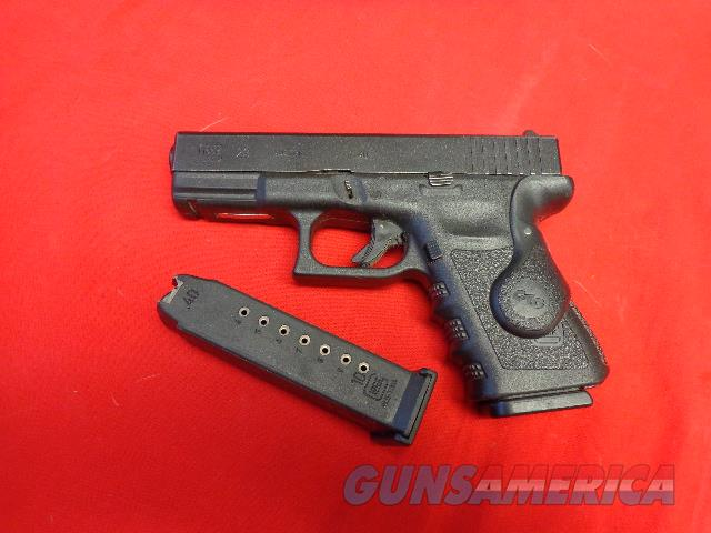 GLOCK 23 IN 40 S&W WITH CRIMSON TRACE LASER GRIPS   Guns > Pistols > Glock Pistols > 23