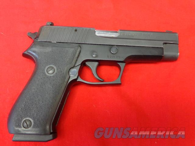 SIG SAUER MODEL P220 IN 45 ACP  Guns > Pistols > Sig - Sauer/Sigarms Pistols > P220