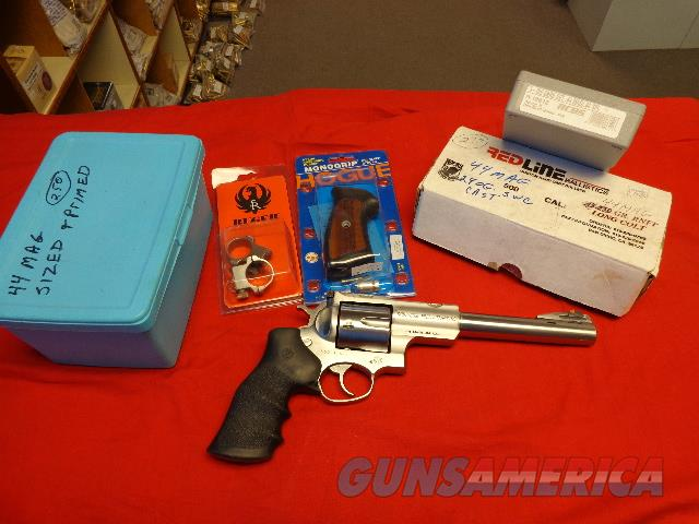 RUGER SUPER REDHAWK IN 44 MAG , MAGNA PORTED   Guns > Pistols > Ruger Double Action Revolver > Redhawk Type