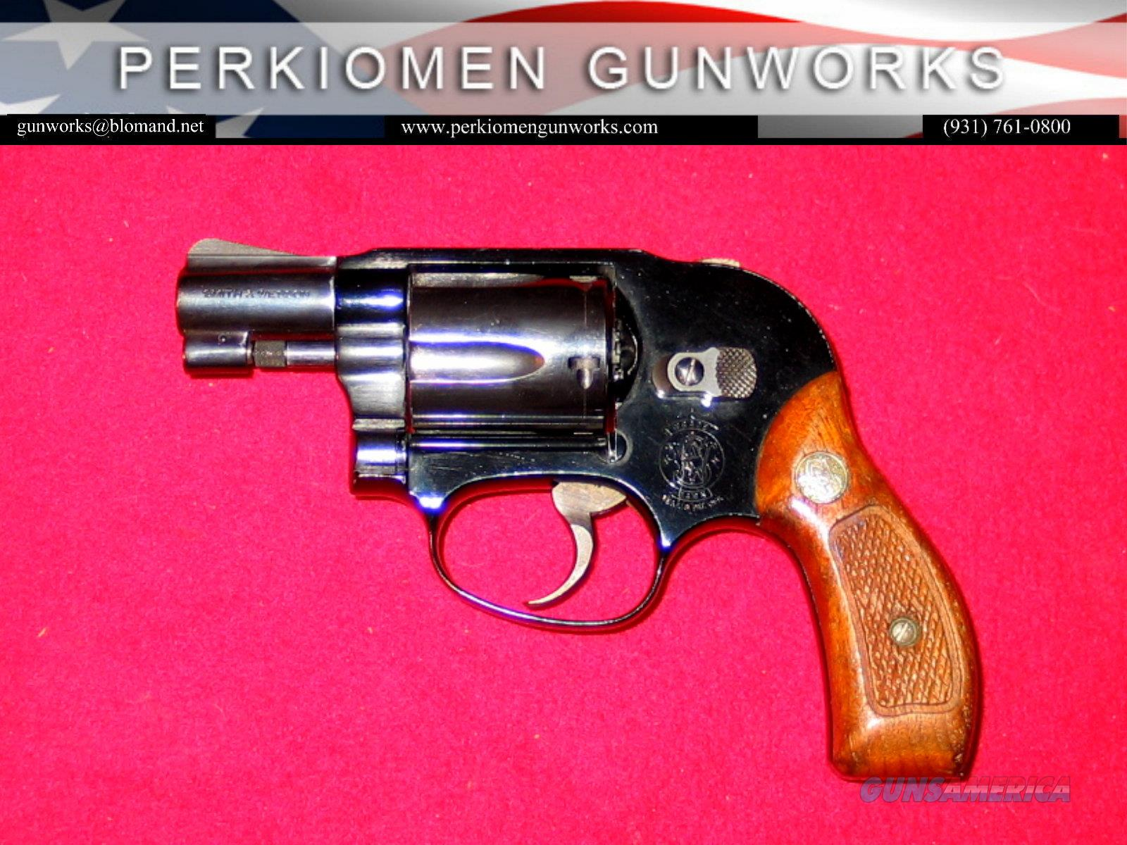 "38 Blue, 2inch, .38Spec., ""The Bodyguard Airweight""  Guns > Pistols > Smith & Wesson Revolvers > Small Frame ( J )"