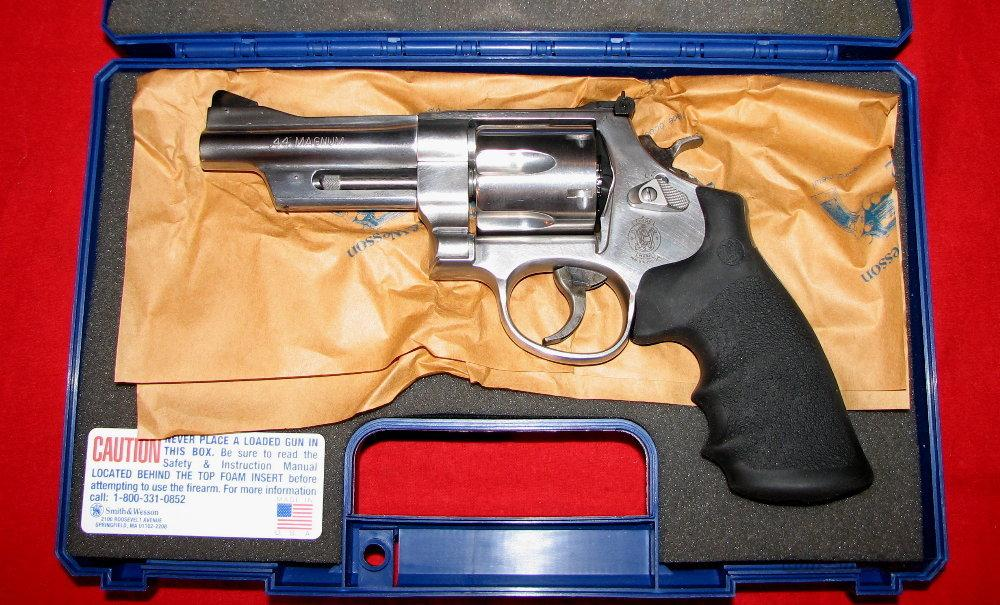 "629-6 Mountain Gun 4""  Guns > Pistols > Smith & Wesson Revolvers > Model 629"