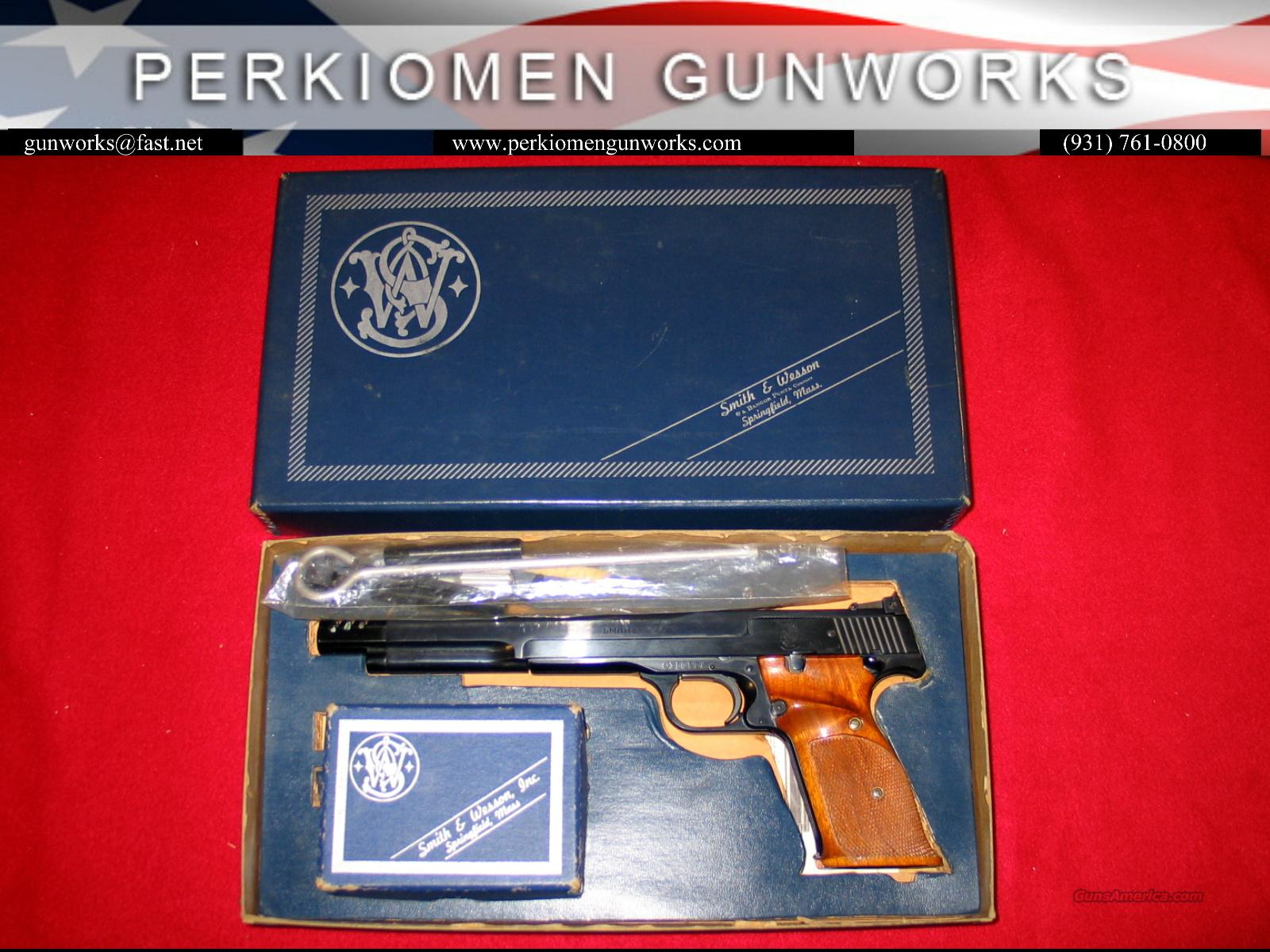 41 A Series w'brake and Weights - MINT!!  Guns > Pistols > Smith & Wesson Pistols - Autos > .22 Autos