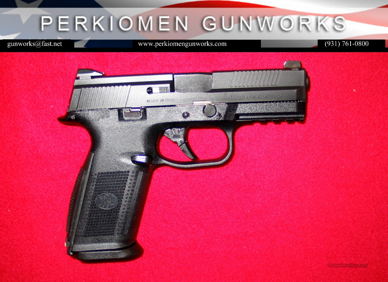 "FNS-9-B, 9MM, 4"", 3-17 Rd mags, 3-dot, NIB  Guns > Pistols > FNH - Fabrique Nationale (FN) Pistols > FNP"