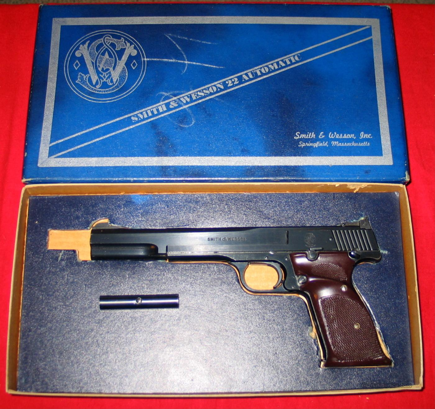 "46, 7"" As New in Box - 1960's w/weight  Guns > Pistols > Smith & Wesson Pistols - Autos > .22 Autos"