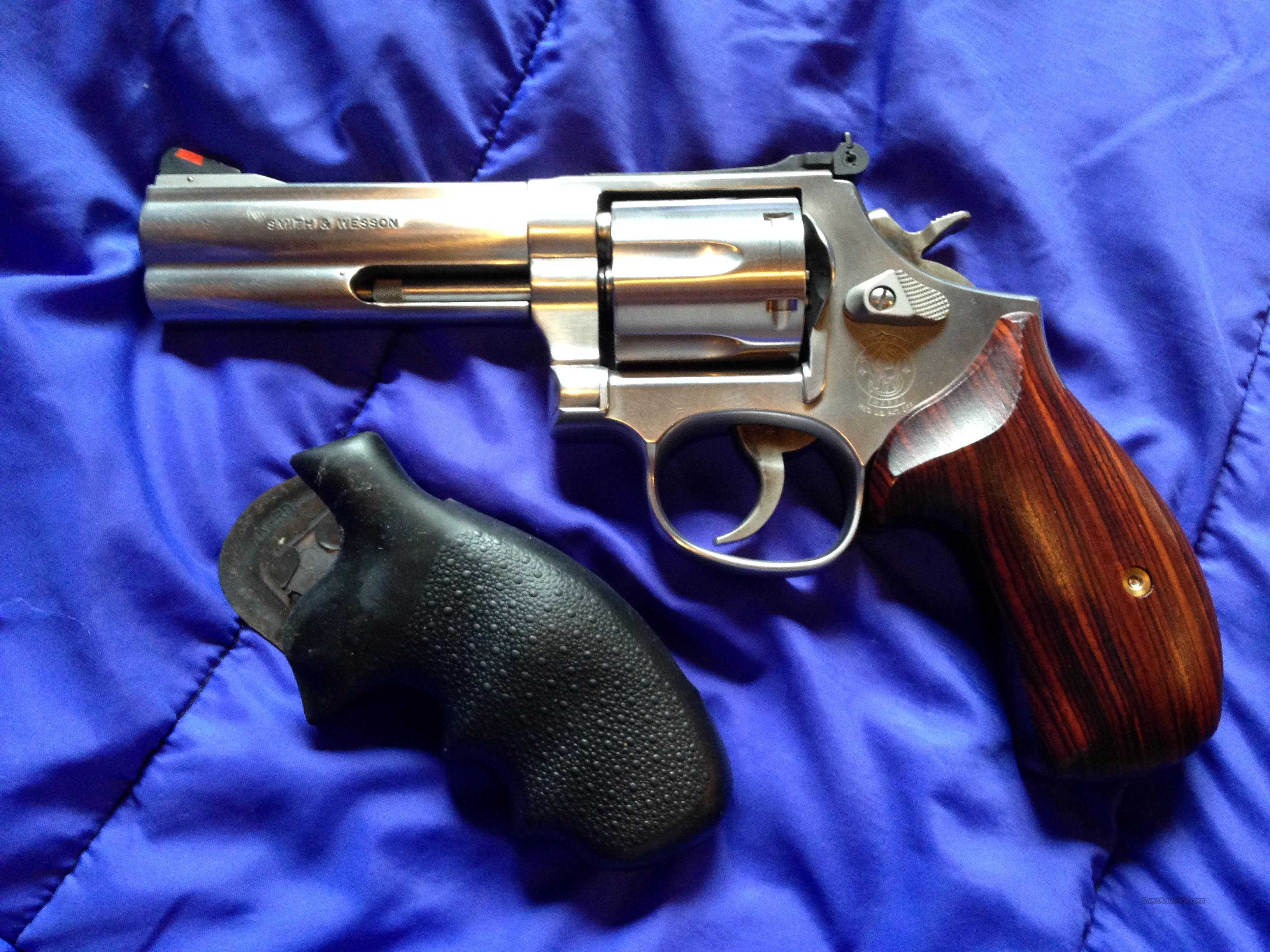 Smith & Wesson Model 686-5 stainless 4-inch 357 Magnum  Guns > Pistols > Smith & Wesson Revolvers > Full Frame Revolver